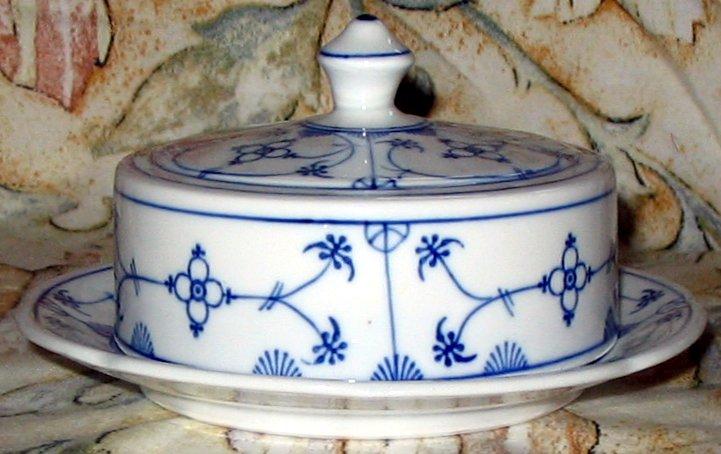 Porzellanmarke Von Geschirr Mit Indischblau Dekors